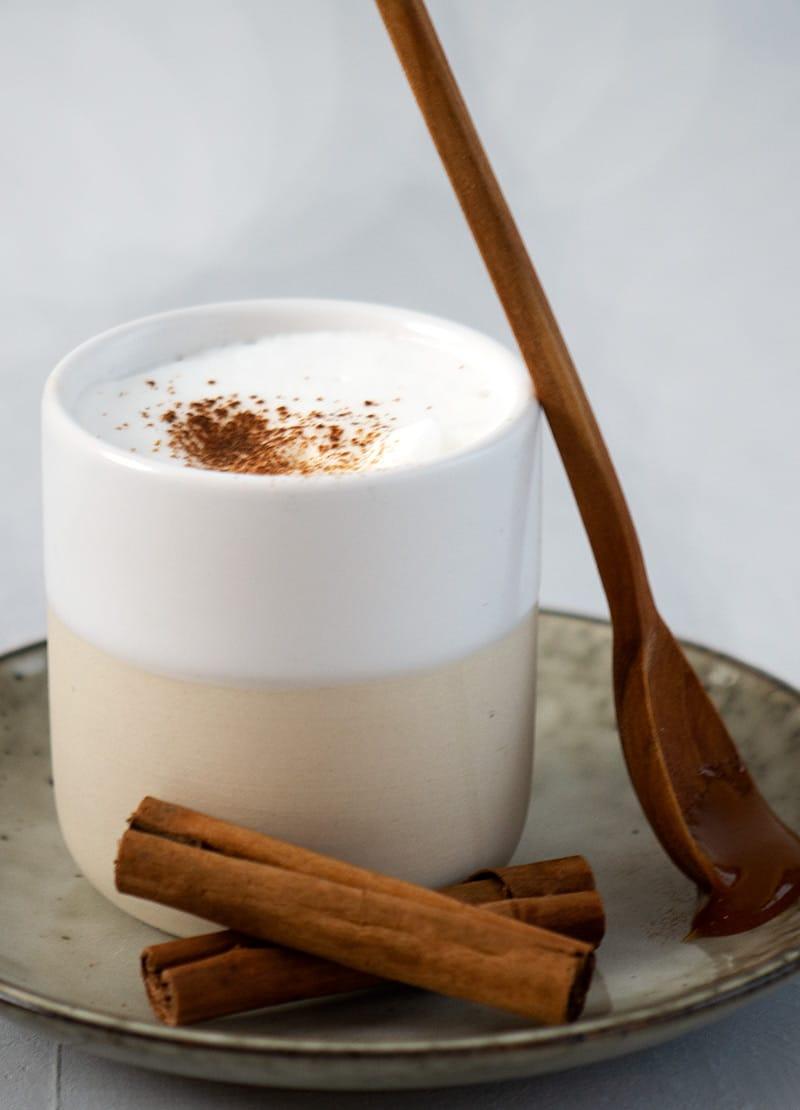 varm mælk med honning