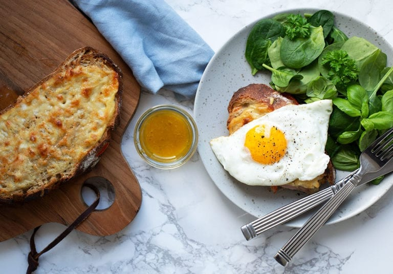 Crocue monsieur croque madame