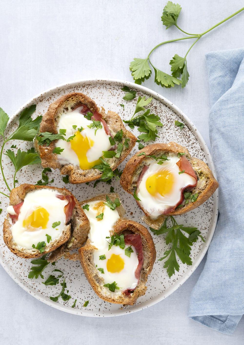 brødskål æg og skinke