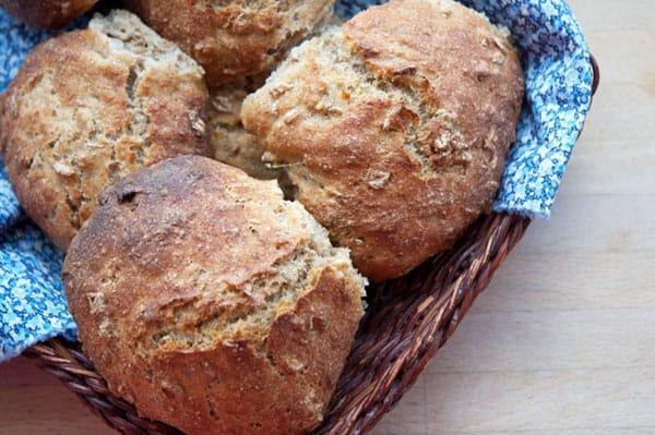 langtidshævet brød med havregryn opskrift
