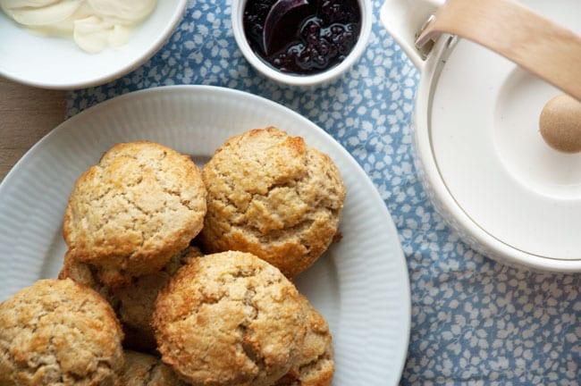 Scones - opskrift på de bedste hjemmelavede engelske scone