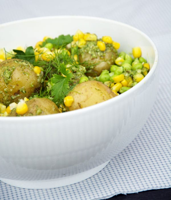 varm kartoffelsalat med eddike