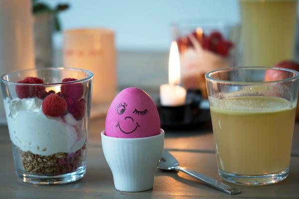 farve lyserøde æg