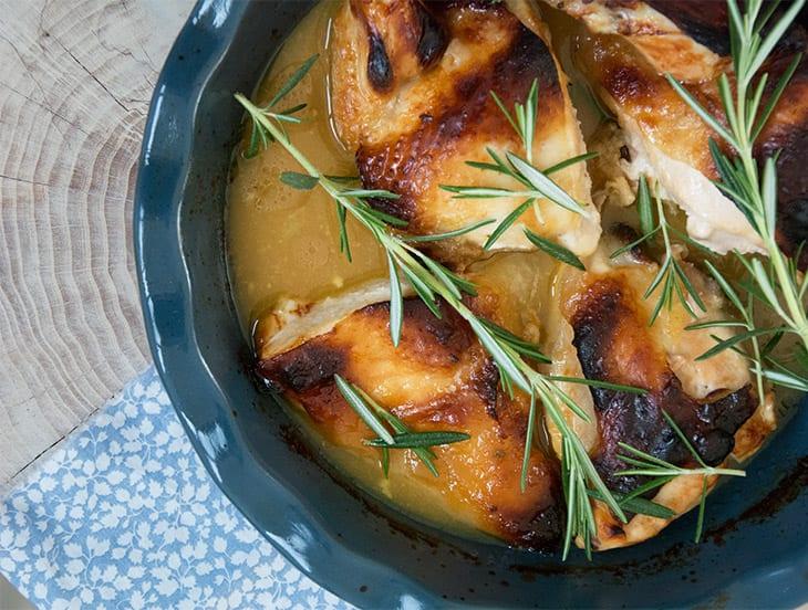 Kylling med honning og sennep i fad - nem og skøn Opskrift