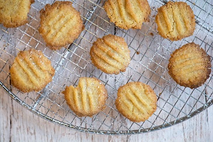 sprøde småkager uden sukker