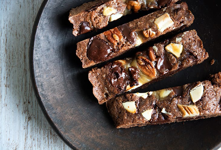 Cookiesbars med chokolade, pecannødder og karamel