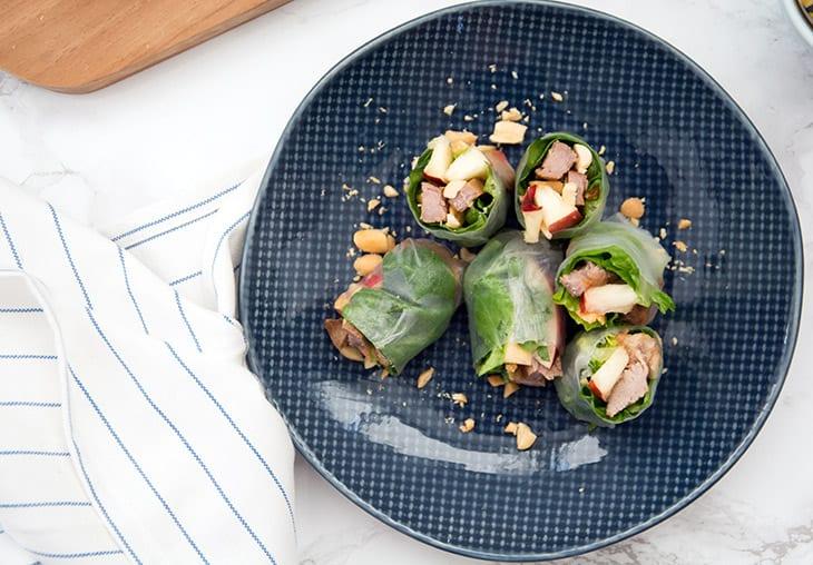 Friske forårsruller med svinekød