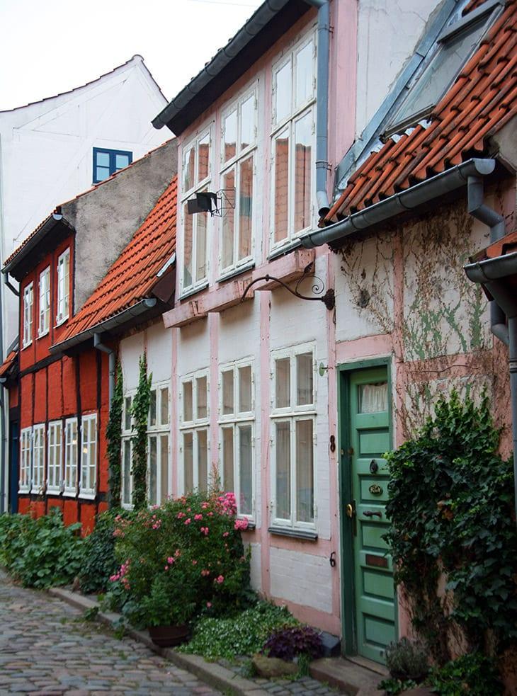 lyserode-huse