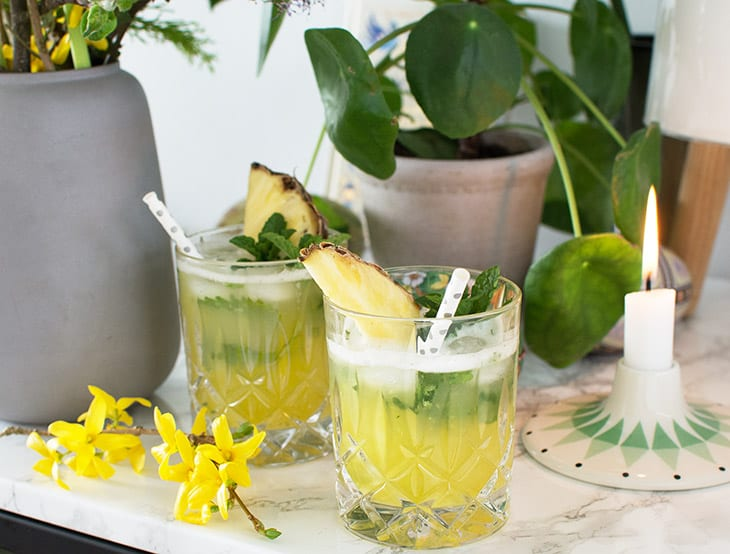 Ananas mojito med ingefær og mynte