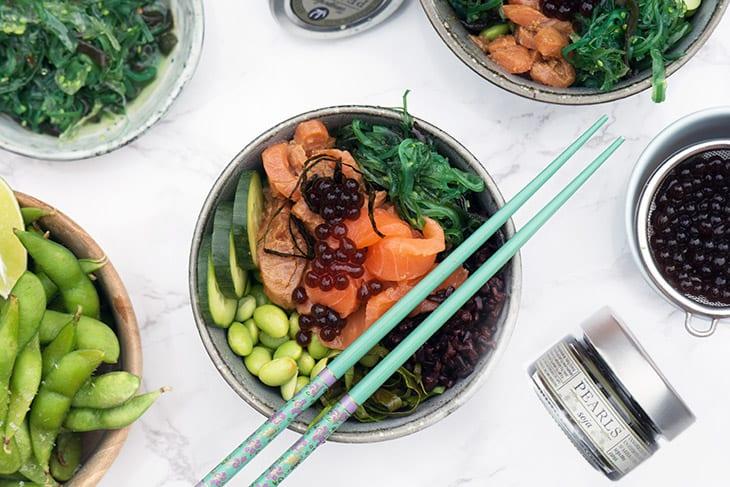 Sushibowl – sushisalat med tangperler