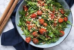 rucola bagte tomater