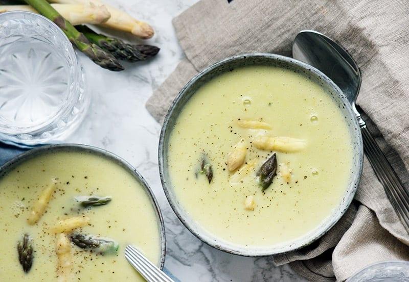 aspargessuppe opskrift