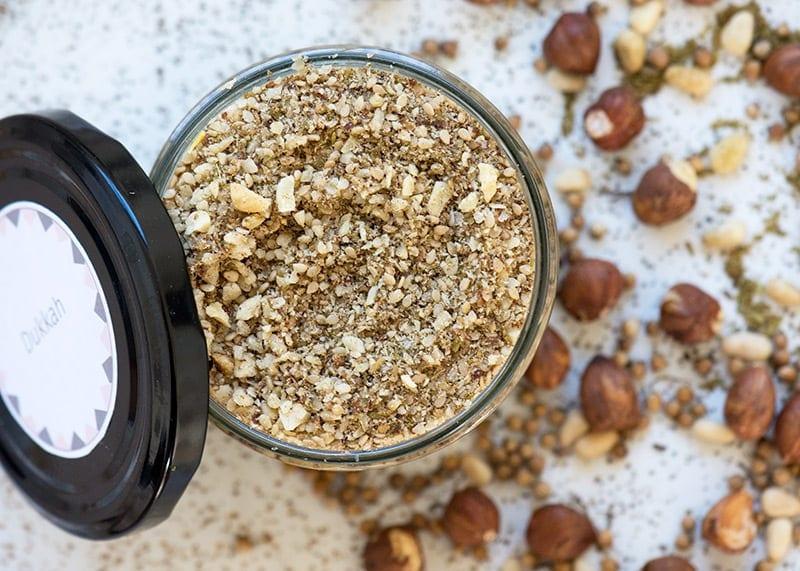 Dukkah - et lækkert og anvendeligt krydderi som er nemt at lave selv