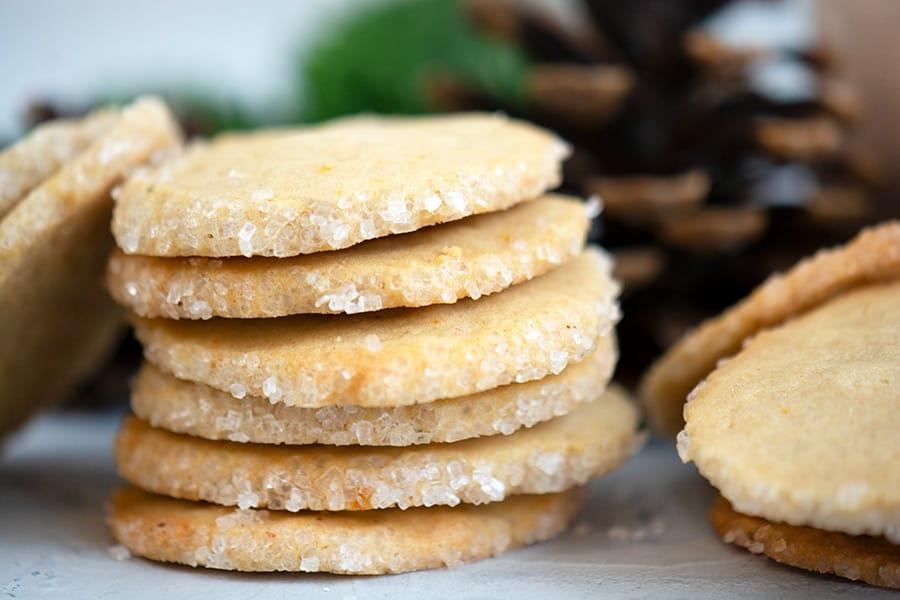 Vaniljespecier med citron - opskrift på skønne småkager med vanilje