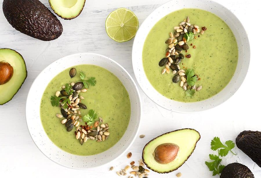 Avocadosuppe - opskrift på kold suppe med avocado og agurk