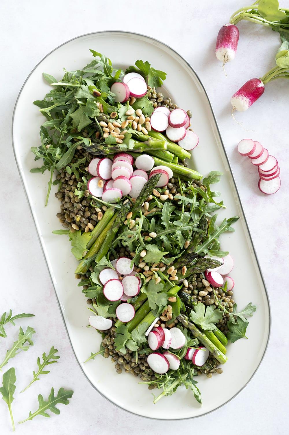 asparges radiser salat