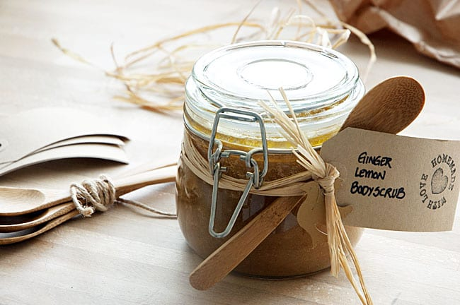 Ginger-lemon-bodyscrub